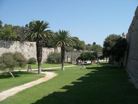 Castle of Rhodes - Moat 16 - Rodos
