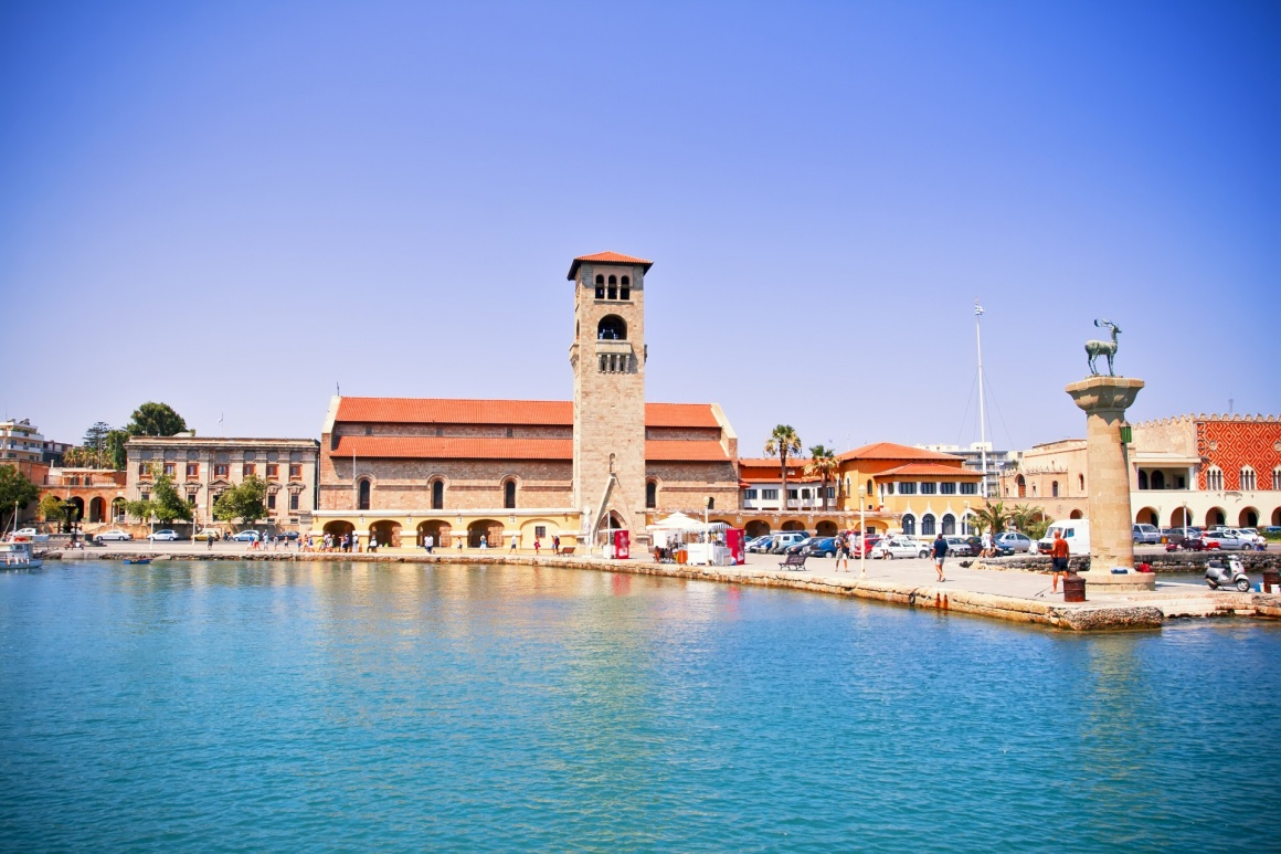 'Famous Mandraki harbor of Rhodes island, Greece' - Rodos